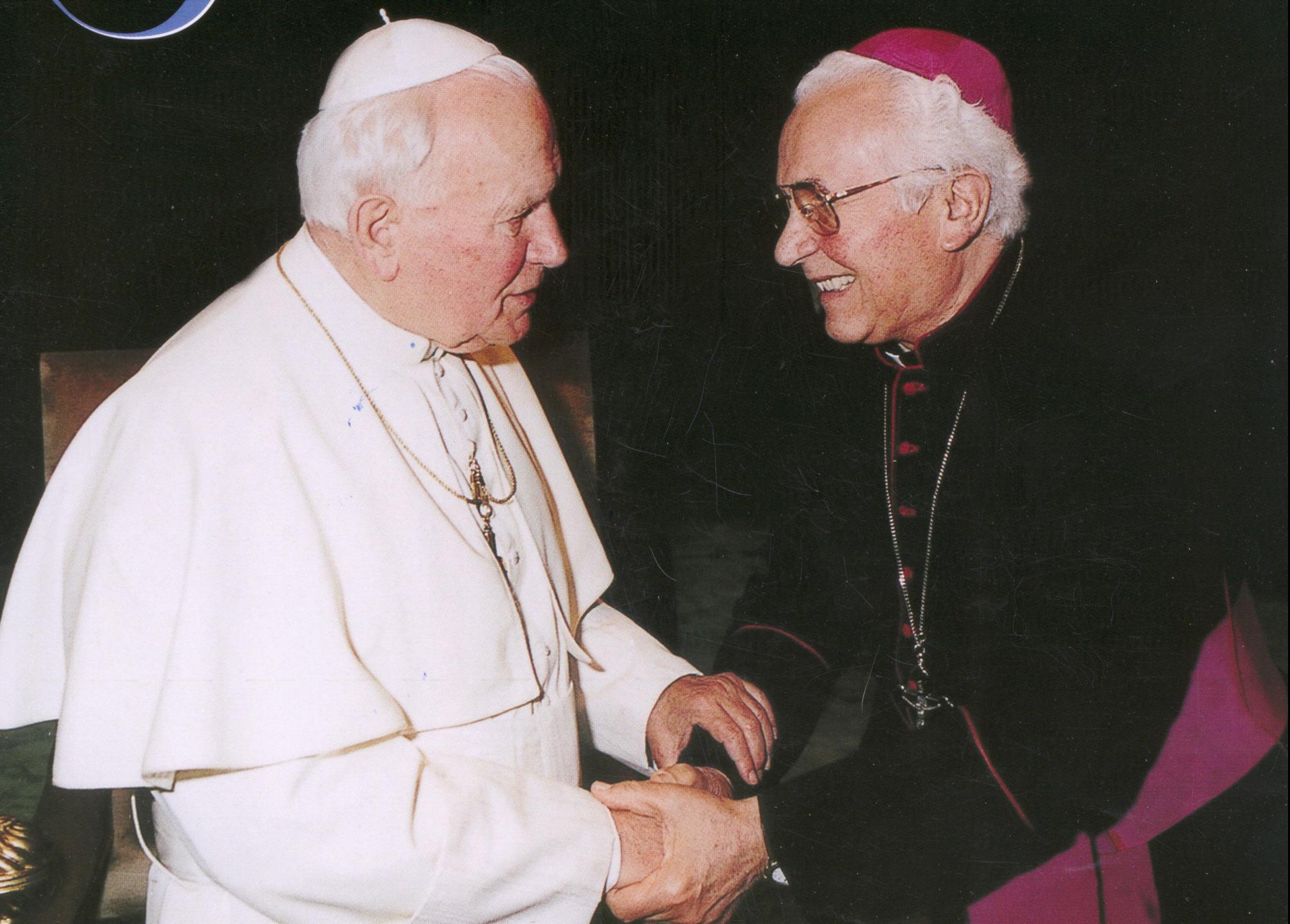 http://www.tonyassante.com/baglioni/2004/fausta2/ilfaustino/renzo/hnlica/1.jpg